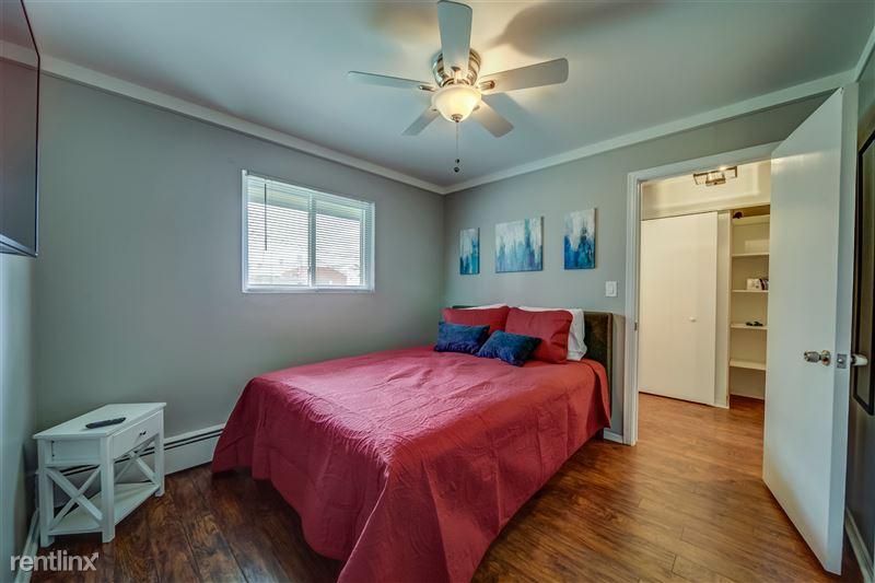 Furnished Suites in Royal Oak - 4 - 008-4123KentRd-RoyalOak-MI-48073-full