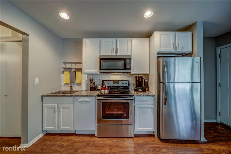 Furnished Suites in Royal Oak - 5 - 005-4123KentRd-RoyalOak-MI-48073-full