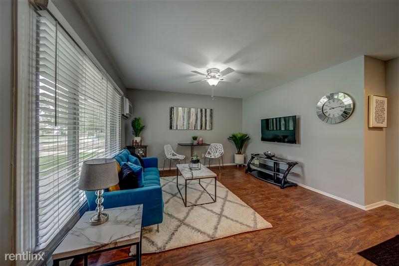 Furnished Suites in Royal Oak - 7 - 002-4123KentRd-RoyalOak-MI-48073-full