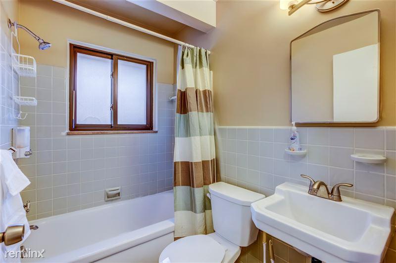 Furnished Suites in Royal Oak - 13 - 010-3933DevonRd-RoyalOak-MI-48073-full