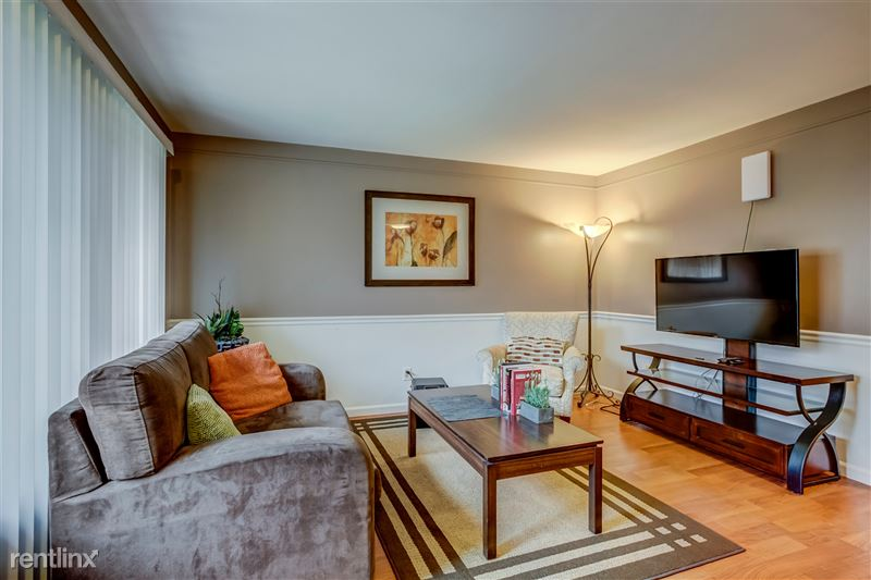 Furnished Suites in Royal Oak - 18 - 002-3933DevonRd-RoyalOak-MI-48073-full