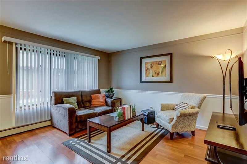 Furnished Suites in Royal Oak - 19 - 003-3933DevonRd-RoyalOak-MI-48073-full