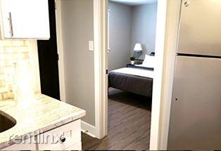 Furnished Suites in Royal Oak - 1 - home1-2