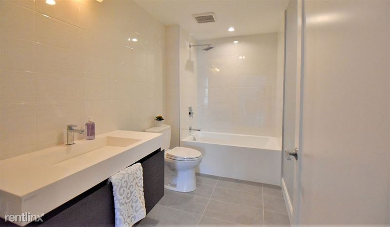 apartments-at-masse-corner-105-bathroom