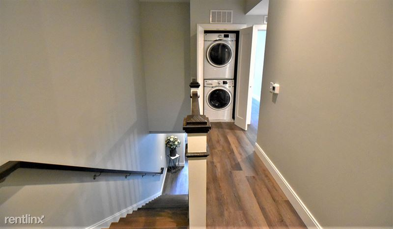apartments-at-masse-corner-105-hallwayjpg