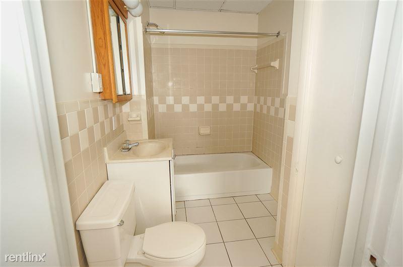 Opel - Bathroom