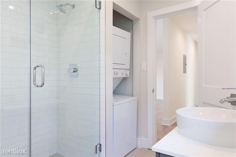 Crescent Hill Lofts - 7 - guest bath