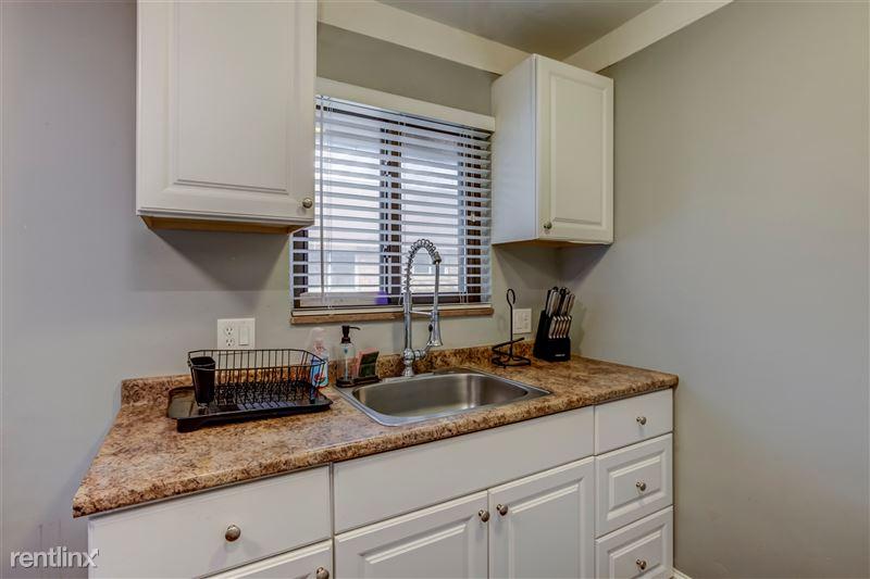 Furnished Suites in Royal Oak - 7 - 007-3937DevonRd-RoyalOak-MI-48073-full
