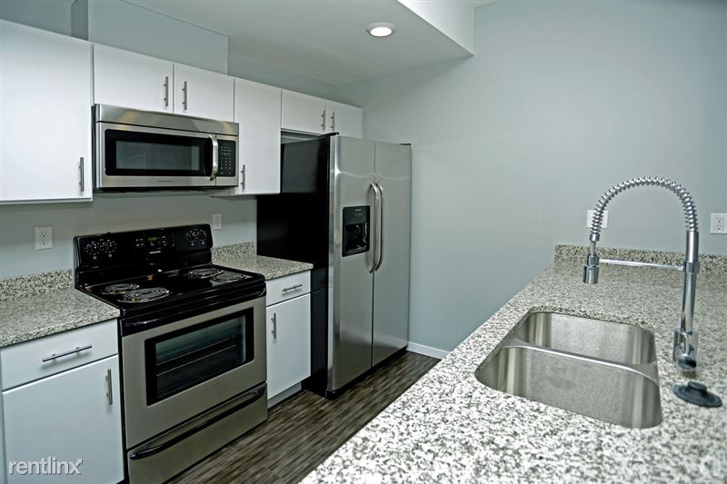 Turnkey/Furnished Suites @ 42 West Apartments - 5 - 42-west-southfield-mi-1br-1ba (1)