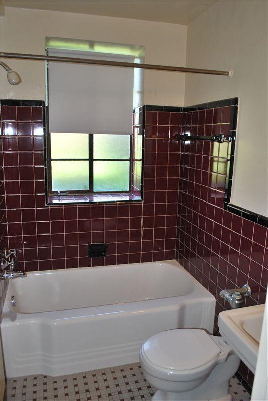 New Center Plaza - 4 - Ceramic Tile Bath