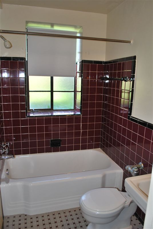 New Center Plaza - 2 - Ceramic Tile Bath