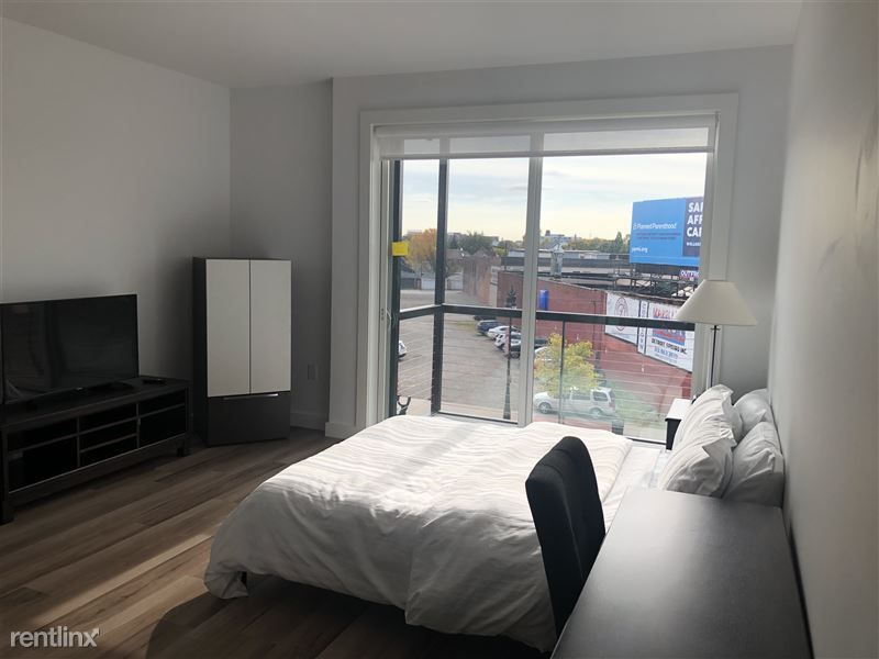 Furnished Suites - Corktown @ The Corner Detroit - 7 - Living room 1
