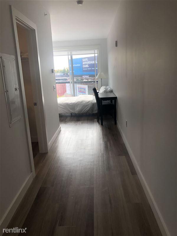 Furnished Suites - Corktown @ The Corner Detroit - 1 - Hallway