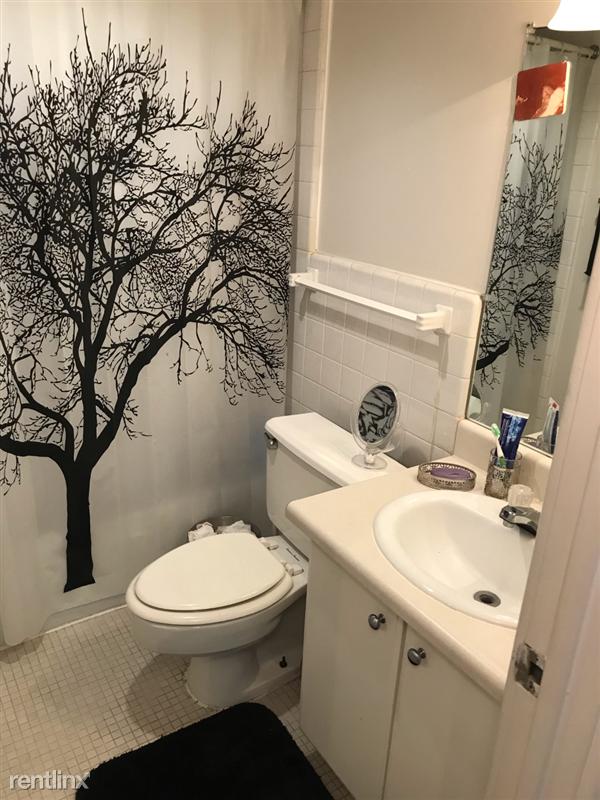 The Tower - 8 - S3 bathroom