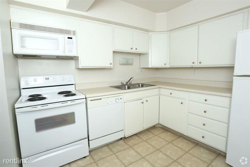 The Tower - 6 - Standard kitchen!