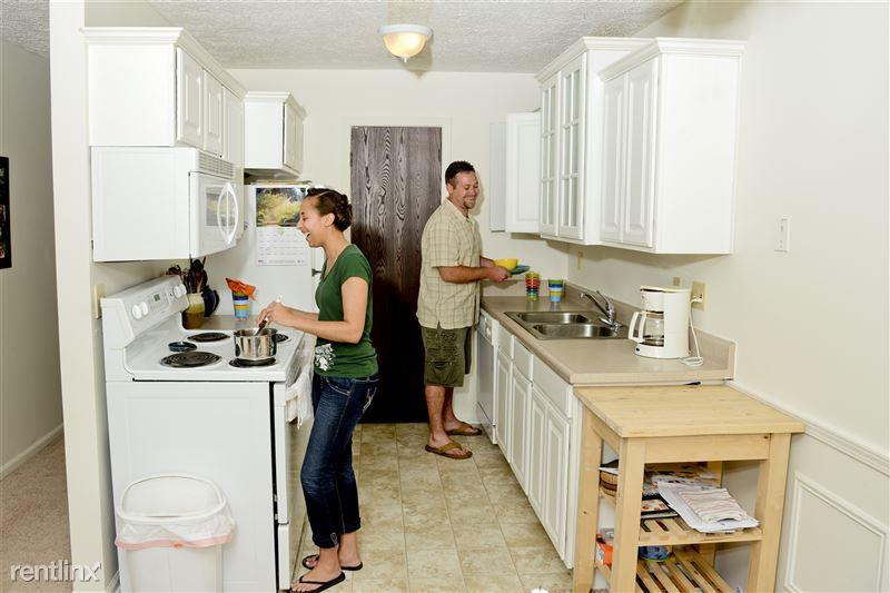 Stoneridge Apartments - 5 - Stoneridge_kitchen1 _2014_4.jpg_2939
