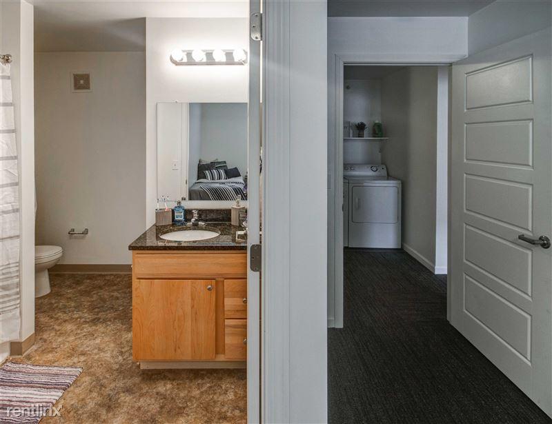 The Gates - 9 - 2x2 bathroom + full size washer & dryer in-unit!