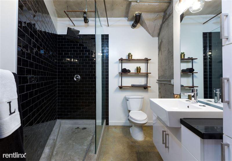 Cosmo Lofts - 2 - Cosmo Bath