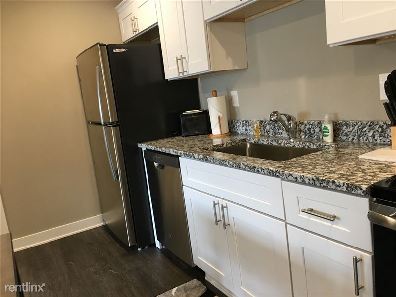 Flex-Lease/Furnished. Sterling Landings (New 2018) - 7 - IMG_4513