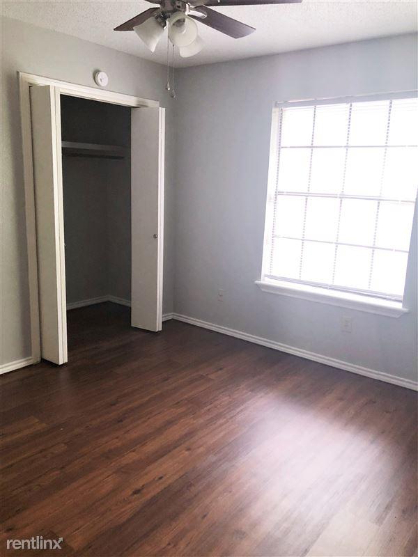 Ash Tree Apartments - 3 - 707-06 Right Bedroom Closet