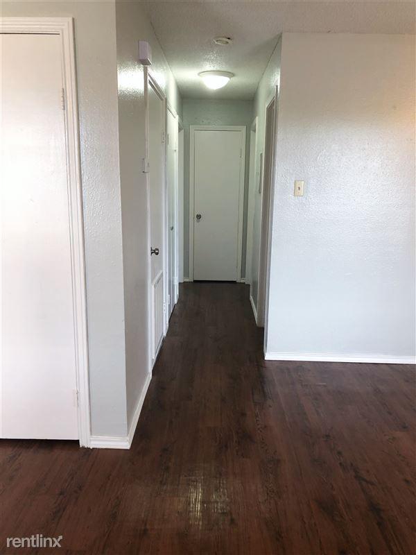 Ash Tree Apartments - 1 - 707-06 Hallway