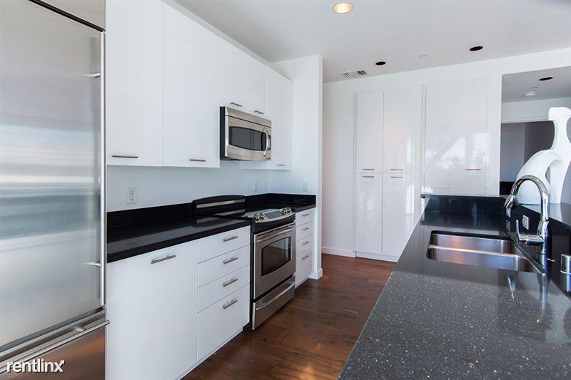 Blu Beverly Hills - 1 - 501 Blu Kitchen