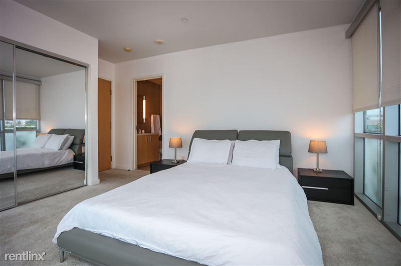 Blu Beverly Hills - 3 - 02 blu bedroom