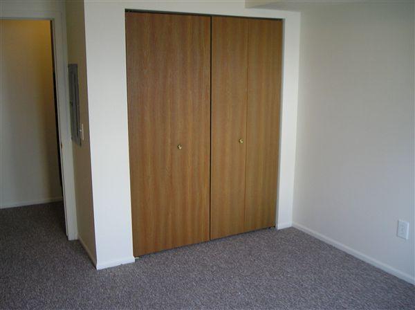 3 bedroom master bed interior