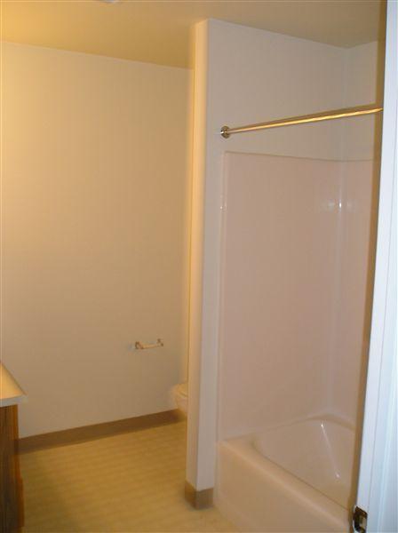 3 bedroom upstairs full bathroom
