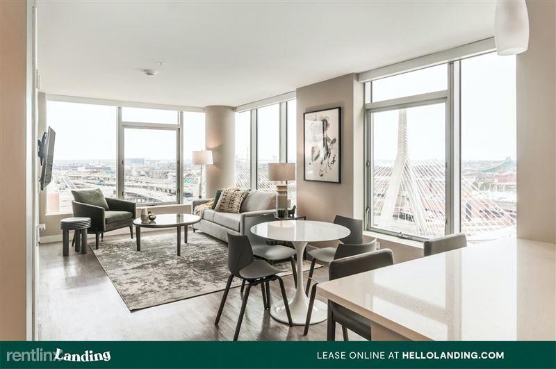 boston-north-end-144-3-livingroom