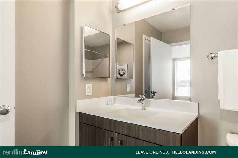 boston-north-end-144-12-bathroom