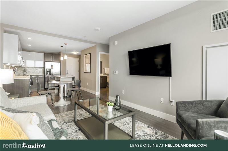 boston-north-end-334-6-livingroom