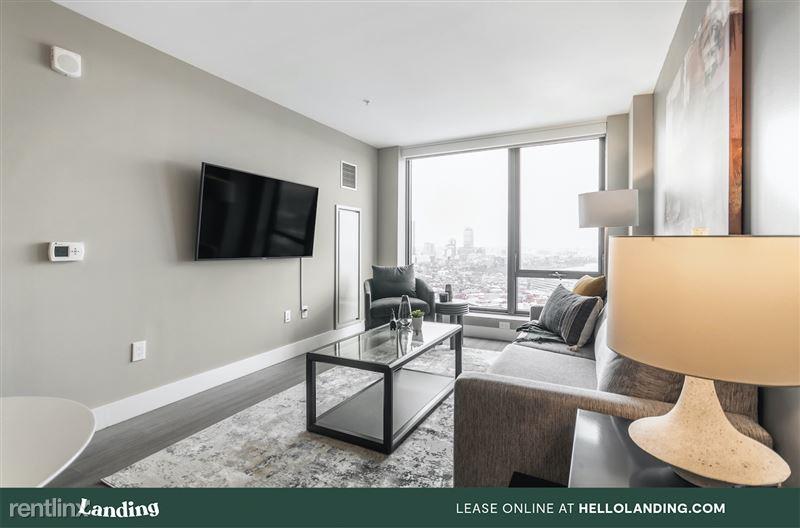 boston-north-end-334-3-livingroom