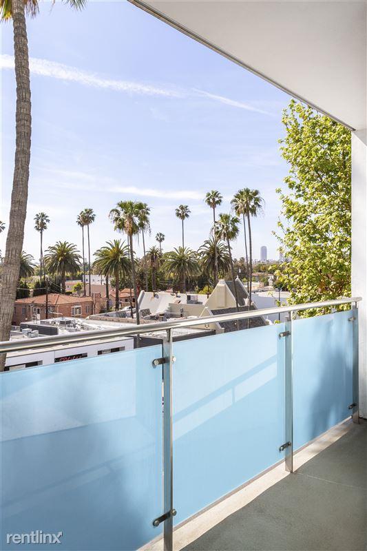 Blu Beverly Hills - 8 - 05 bedroom patio