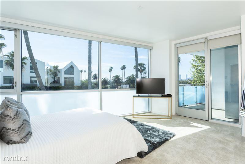 Blu Beverly Hills - 9 - 05 bedroom