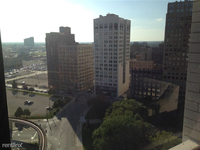 Detroit Flex-Lease/Furnished @ The David Whitney - 14 - 2015-07-13 18.51.09