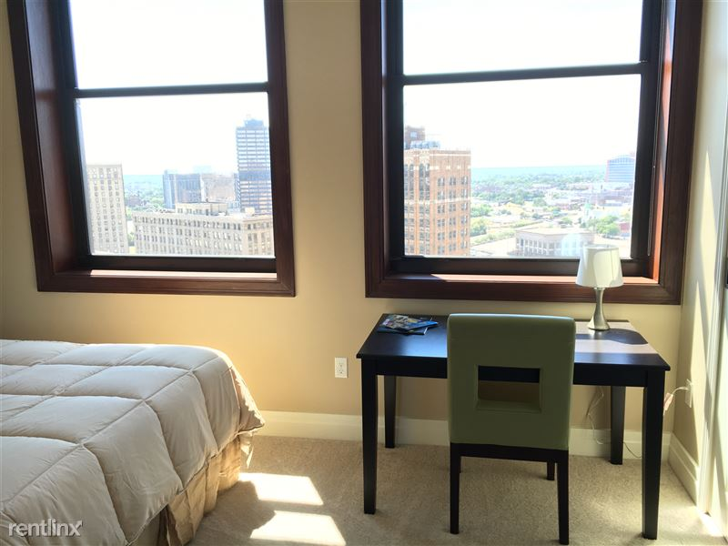 Detroit Flex-Lease/Furnished @ The David Whitney - 13 - 2016-06-24 15.25.54 HDR