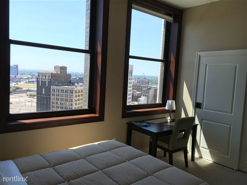 Detroit Flex-Lease/Furnished @ The David Whitney - 15 - 2016-06-24 15.26.10 HDR