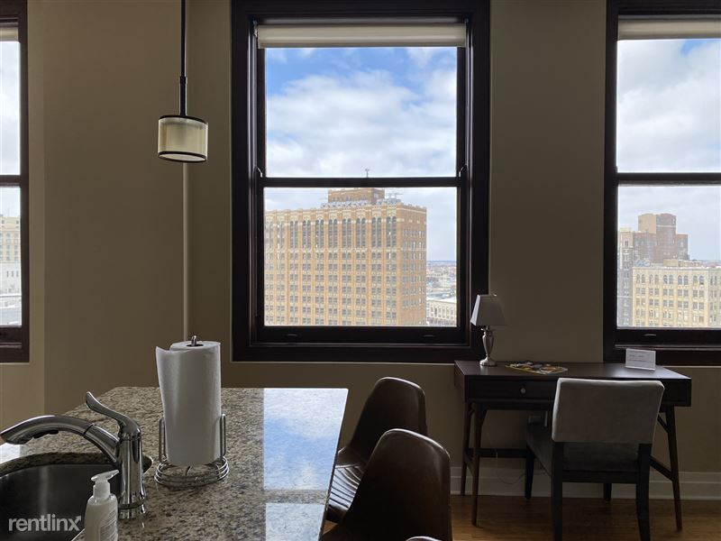 Detroit Flex-Lease/Furnished @ The David Whitney - 17 - IMG_5903