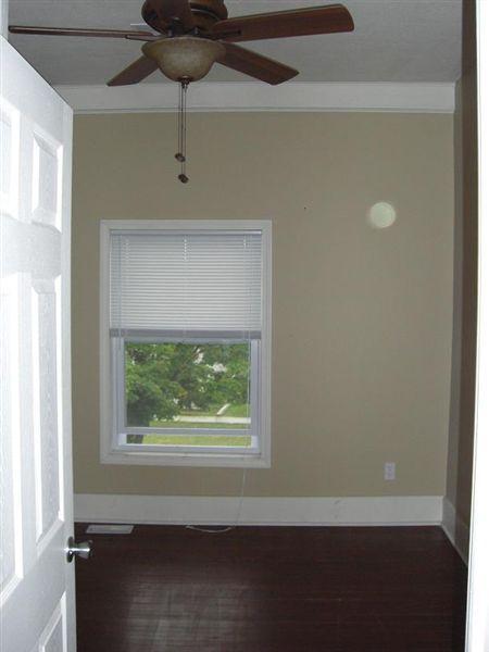 408 N Walnut St - 7 - Unit.B.Bedroom_2