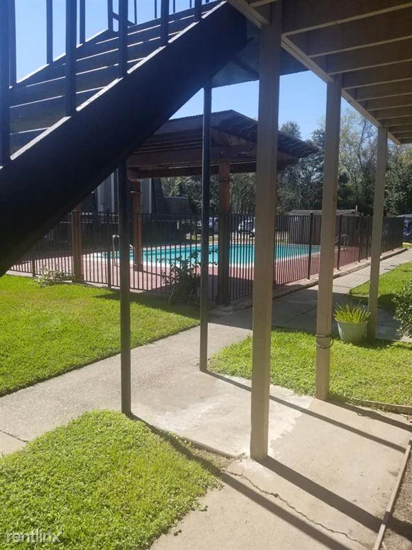 Oakwood Village Apartments - 11 - 87960679_3774936239198318_1967067353388679168_n