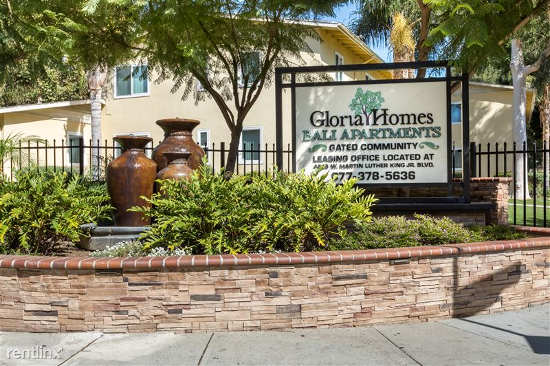 Gloria Homes Apartments - 1 - IMG_6744-HDR Monument Sign