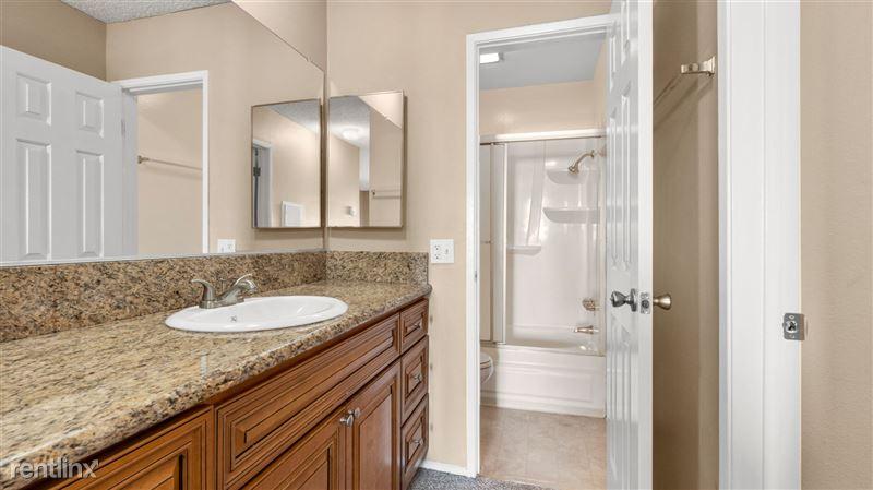 Vista Apartments - 16 - DSC09284