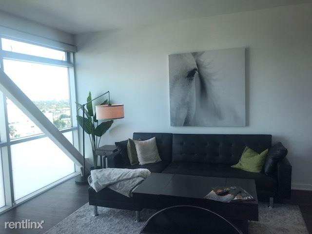 Blu Beverly Hills - 4 - 1002 living room