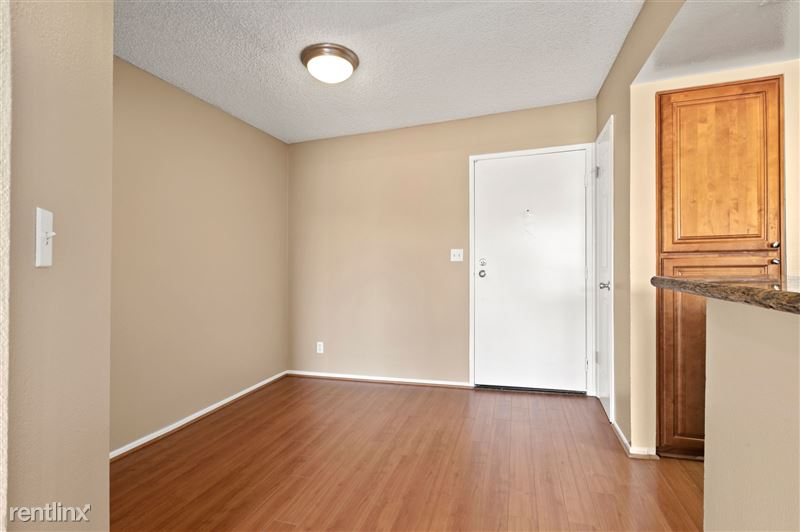 The Banyans Apartments - 3 - IMG_9302