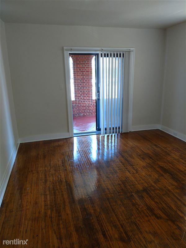 Hadley Hall - 3 - Apt 107 Living Room Same Floorplan