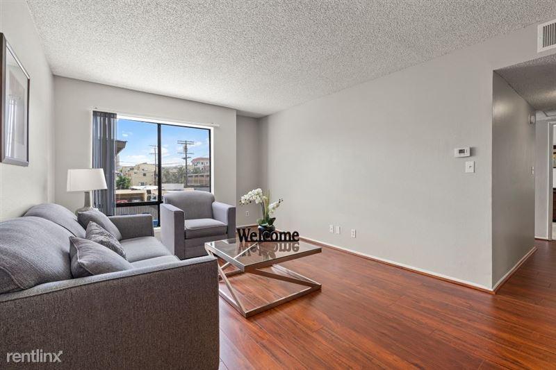 The Banyans Apartments - 8 - 4DSC02111web