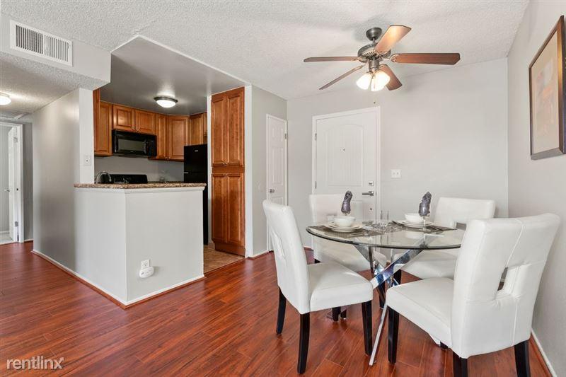 The Banyans Apartments - 4 - 5DSC02116web