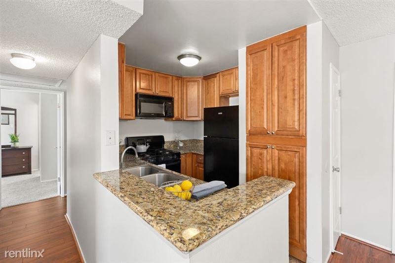 The Banyans Apartments - 3 - 8DSC02133web