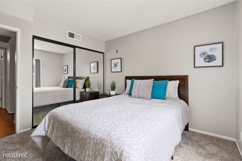 The Banyans Apartments - 14 - 15DSC02064web